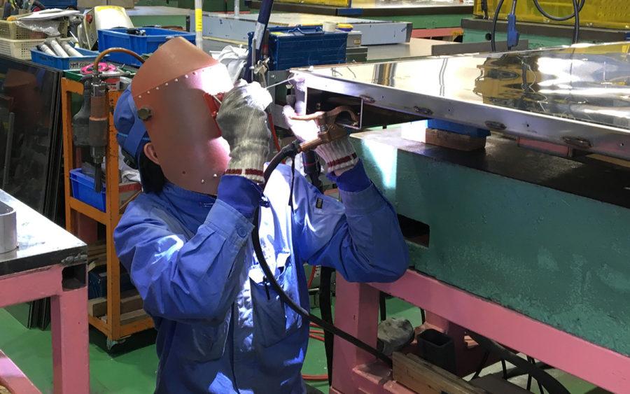 溶接工場・溶接工